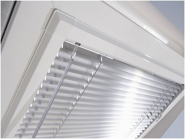 Louvolite Perfect Fit Venetian Blinds